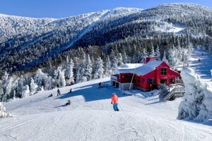What state has the most ski resorts, Sugarbush Valley, VT
