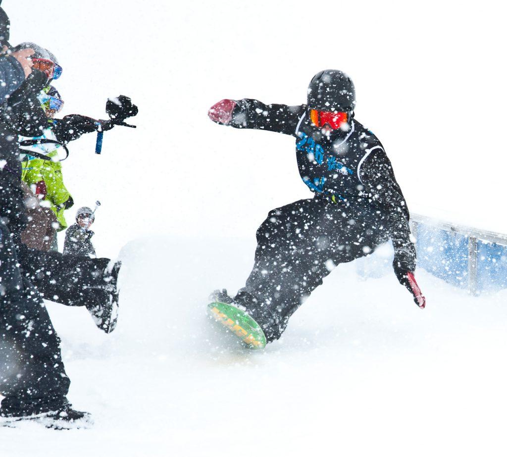 Snowboarding in Tignes