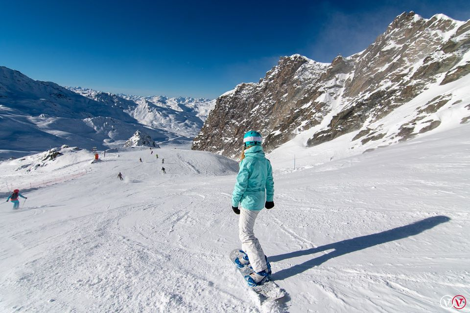 Snowboarding in Val Thorens