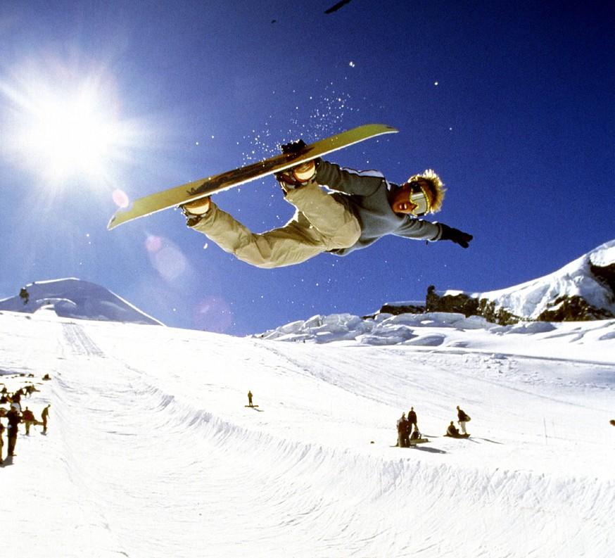 Snowboarding at Saas Fee