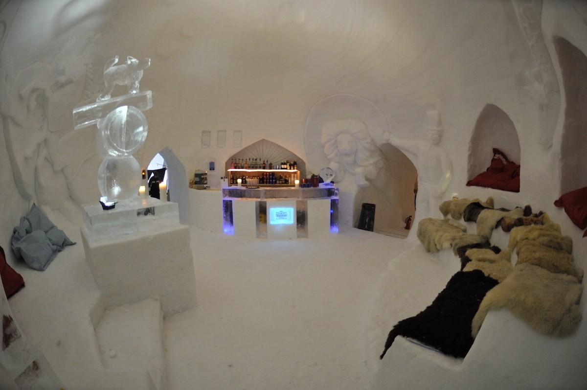 Bar in an iglu