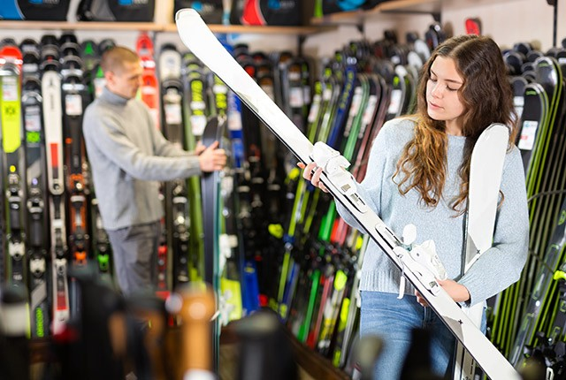 Tips up: expert guide on buying skis for 2021 2022.