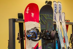 Equipment and gear for skis and snowboards
