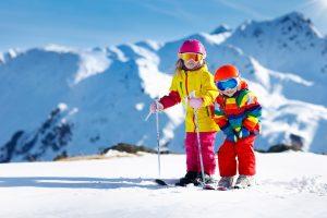 family_skiing_kids_children_