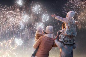 new-year-holiday-happy-family-parents