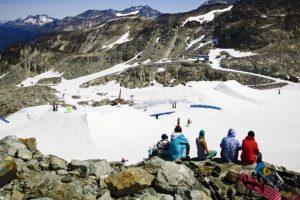 Summer skiing on Horstman Glacier