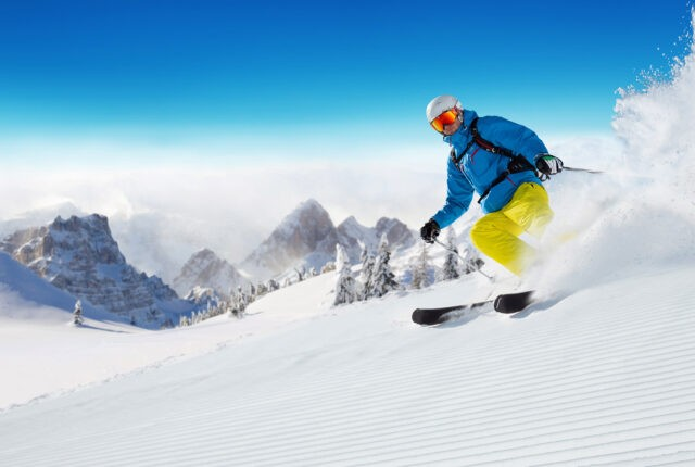 Tips Up Guide to Buying Skis.